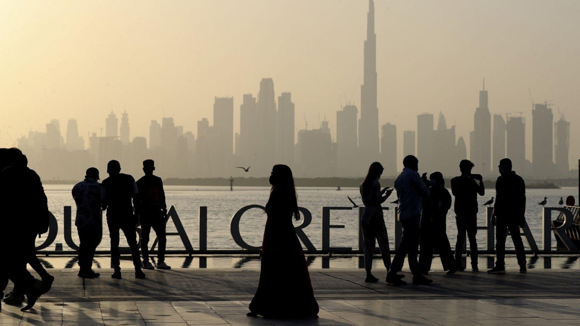 Дубай затвори баровете си заради коронавируса
