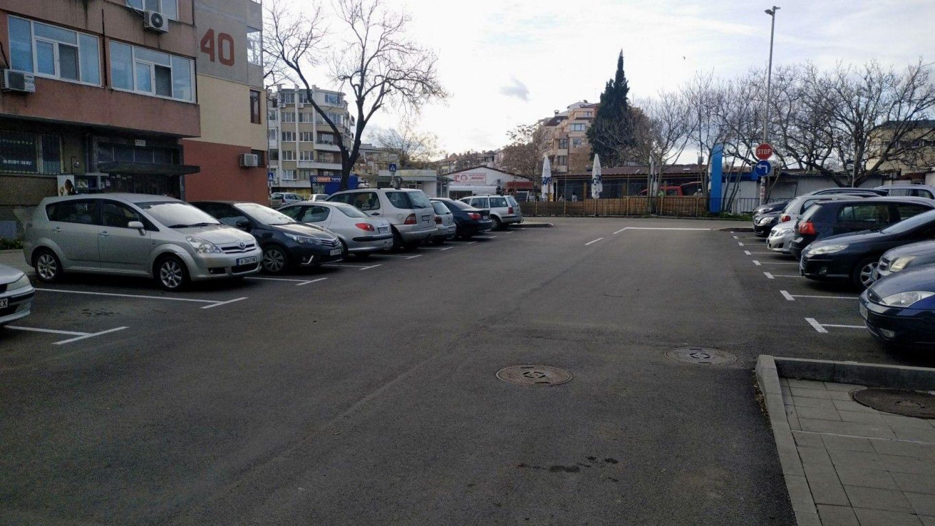 """Изграждат паркинг за още 100 коли в бургаския квартал """"Изгрев"""""""