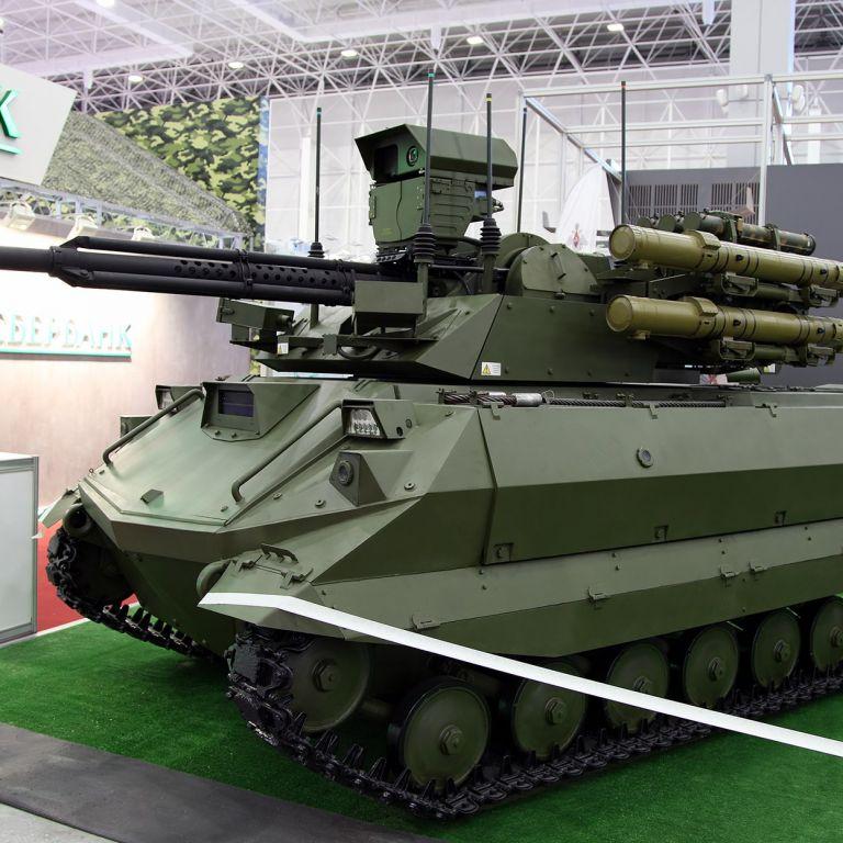 Русия залага на бойните роботи