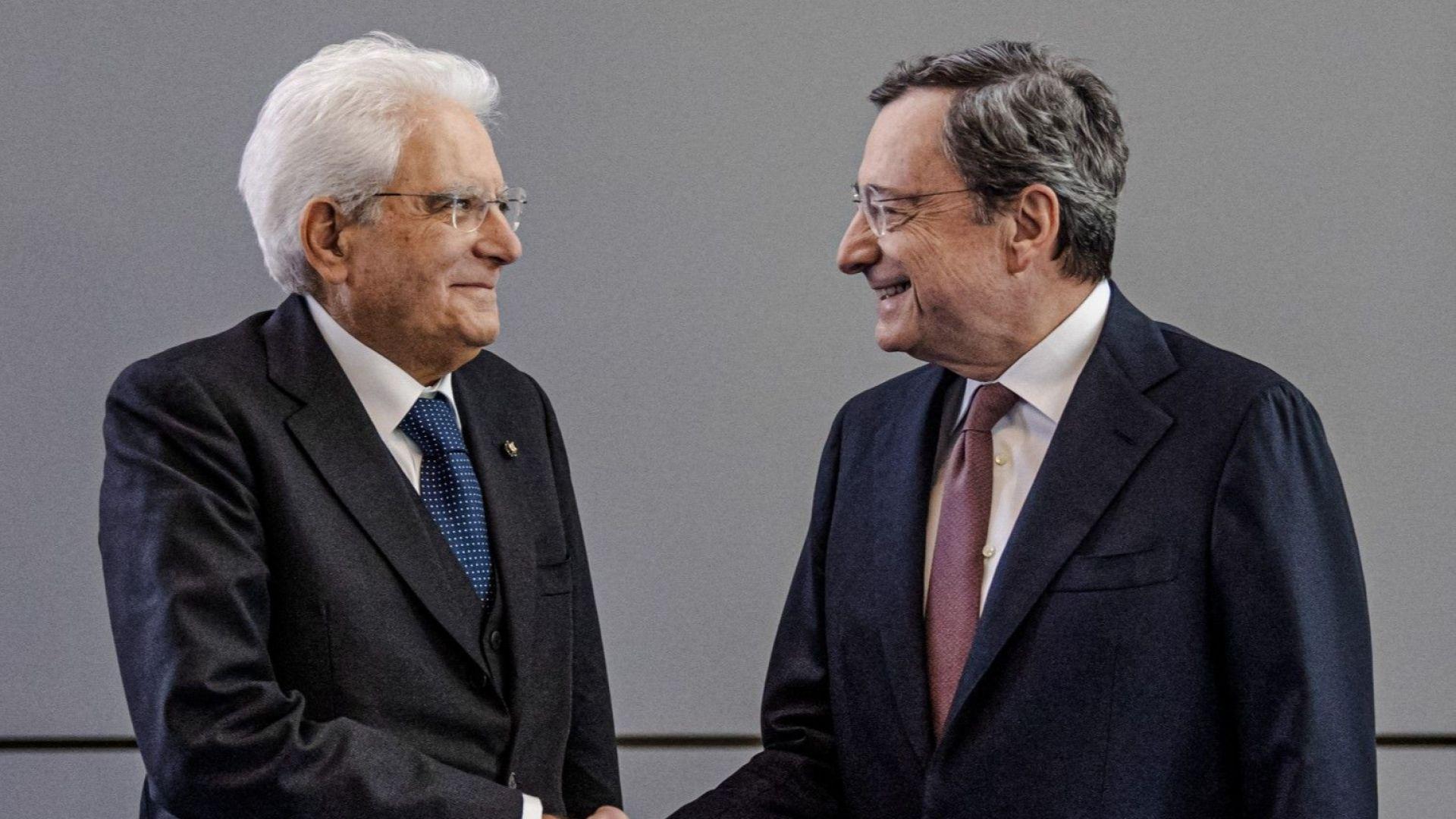 Президентът на Италия покани Марио Драги на преговори за ново правителство