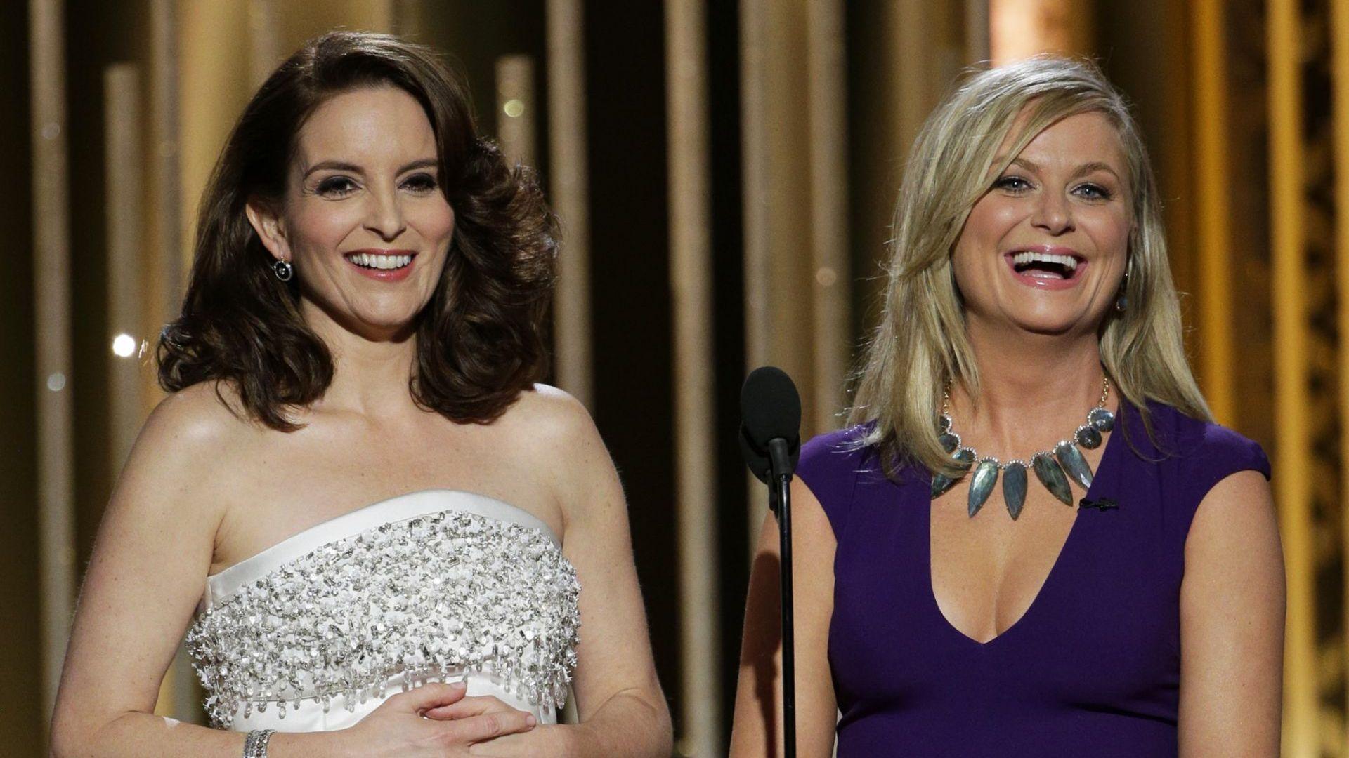 """Тина Фей и Ейми Полър ще водят наградите """"Златен глобус"""", но от двете крайбрежия на САЩ"""