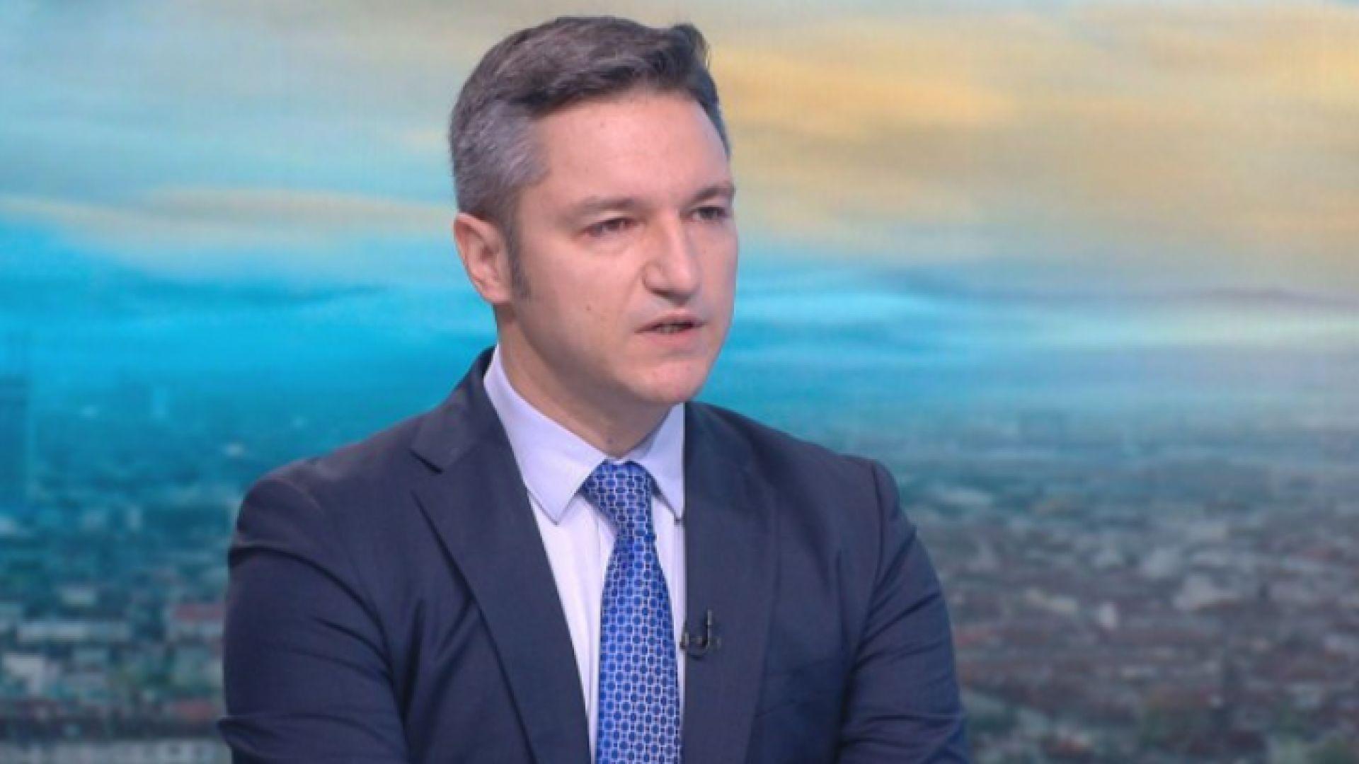 Вигенин: Партията на Петков и Василев е акционерно дружество, което трупа капитал