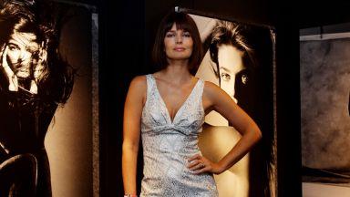 Провокации на 55 г.: Паулина Порижкова позира чисто гола в спалнята си