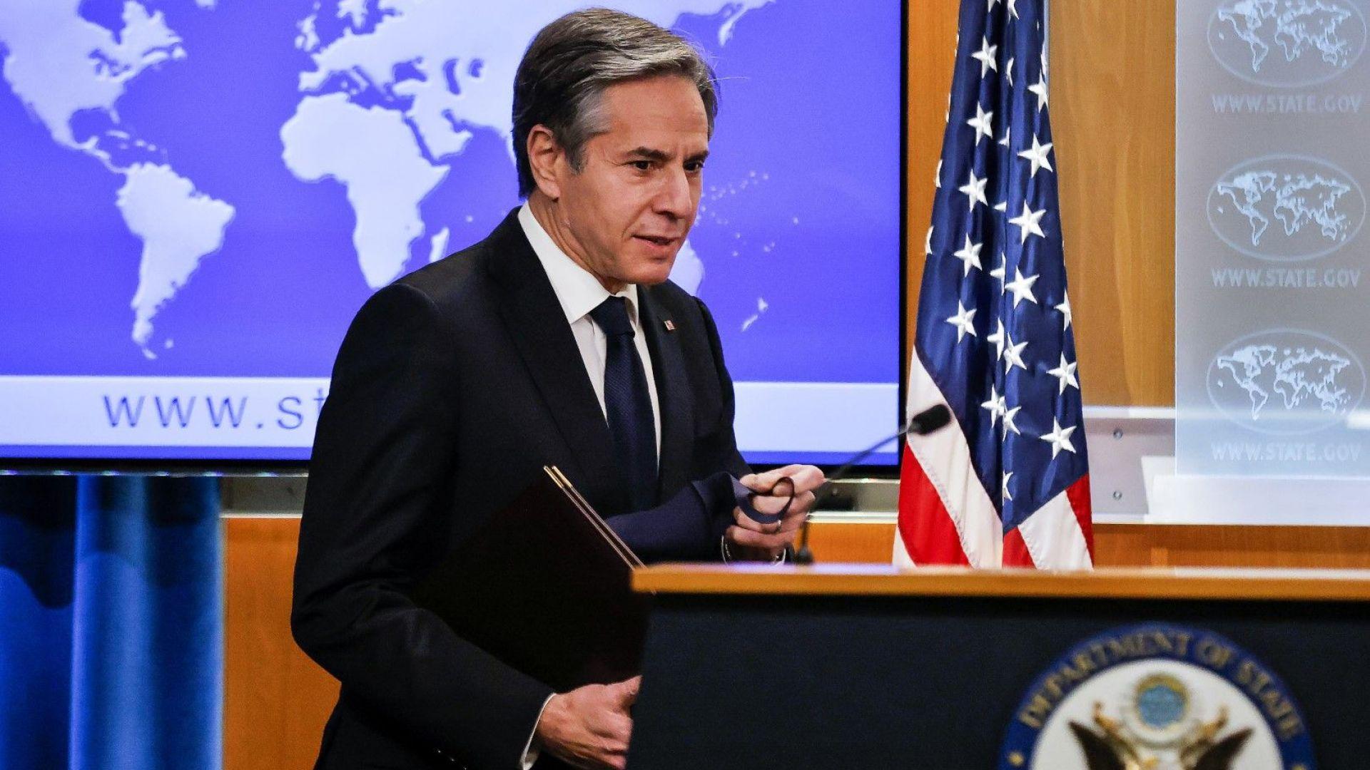 САЩ водят разговори с 20 държави след обявяване на талибанското правителство