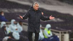 Ясни сигнали от Северен Лондон: Тотнъм гони Моуриньо, ако не стигне до Шампионската лига
