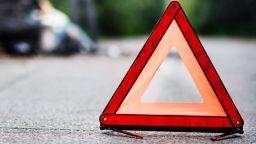 Камион блъсна двама пешеходци на столичния Околовръстен път