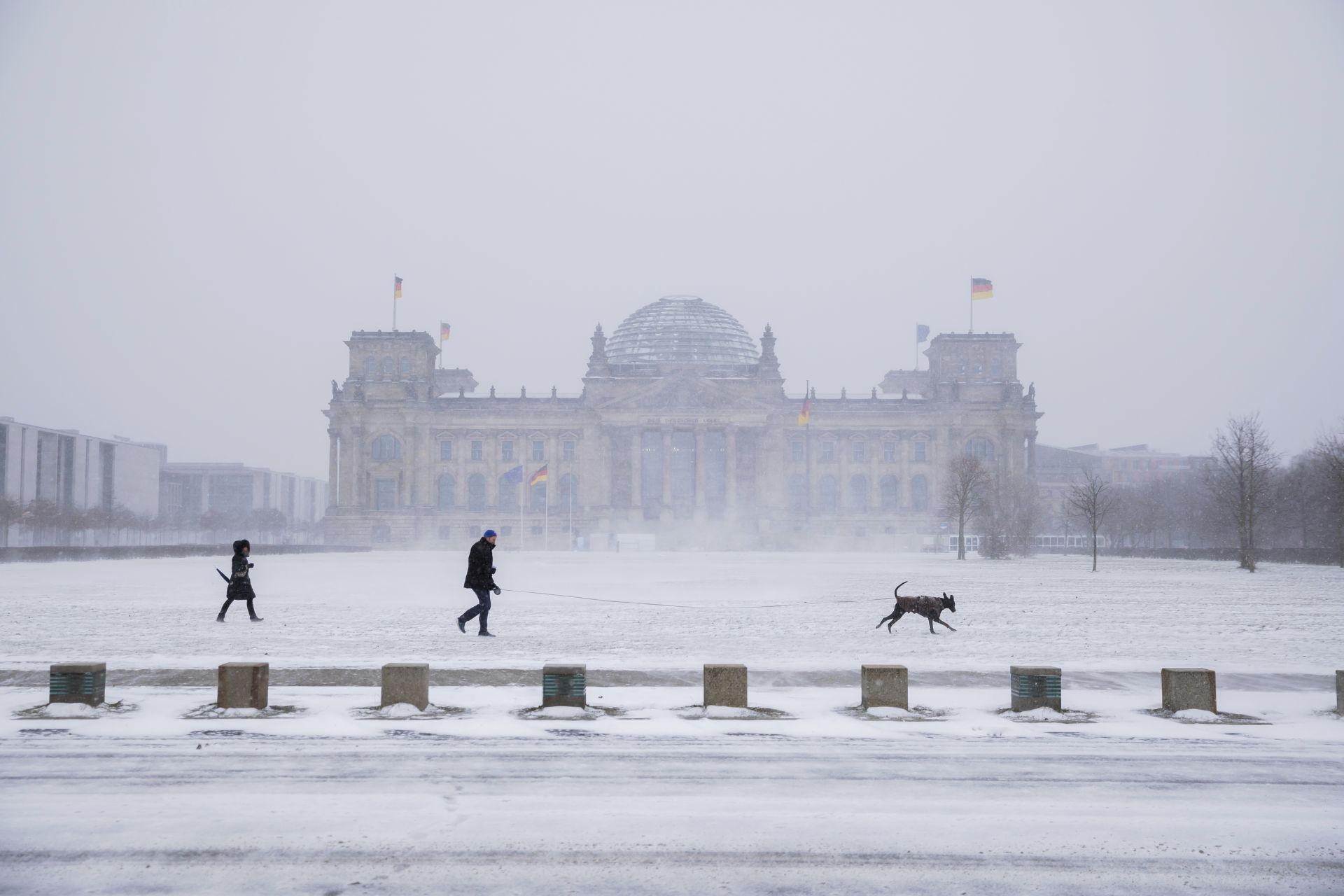 Снежен Берлин