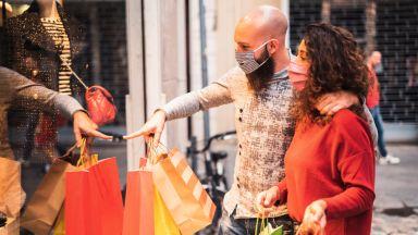 Десетки сигнали за некоректни търговци през празничните дни
