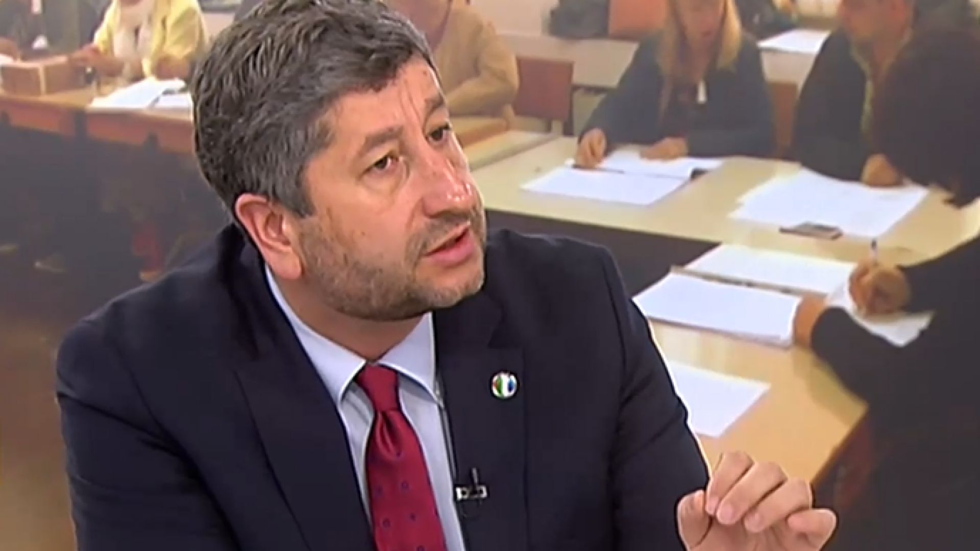 ДБ ще подкрепи правителство на промяната без да участва в него