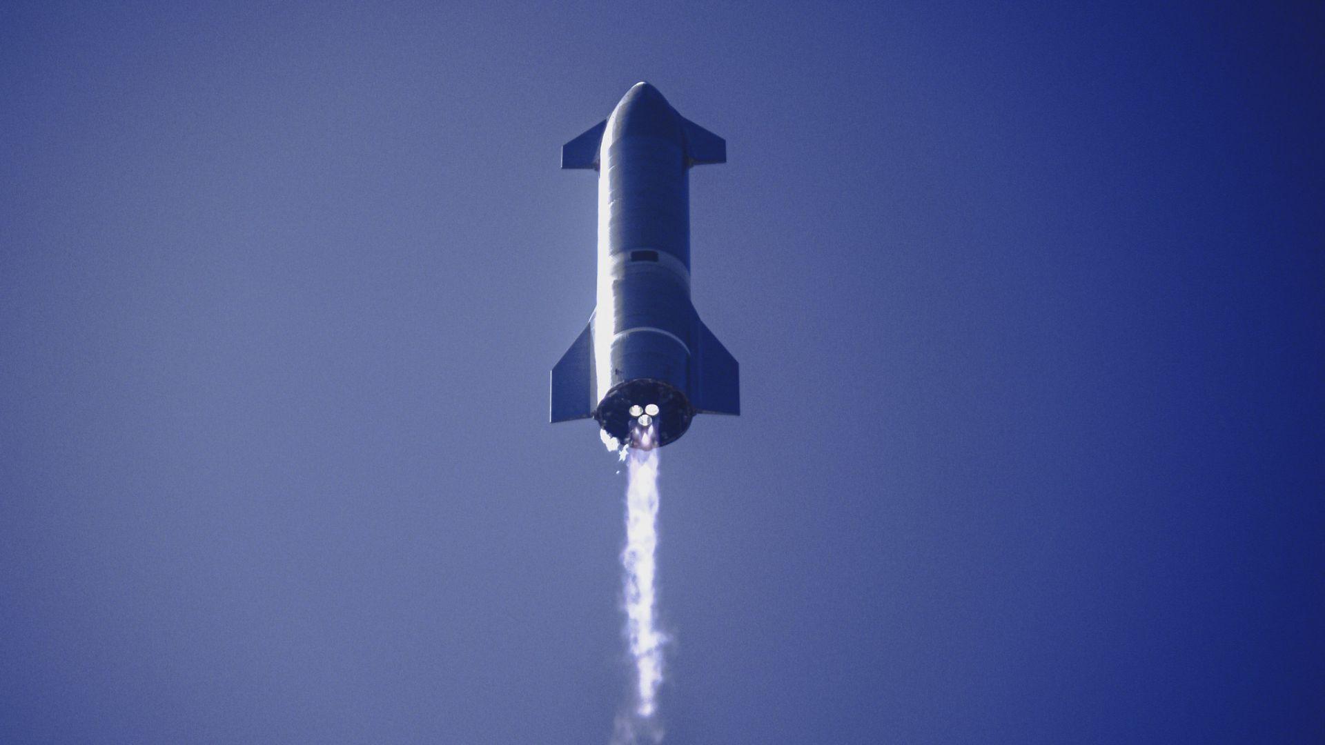 SpaceX със зрелищен клип на прототипа на Starship
