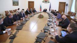 Борисов: 8,7 млн. лв. отиват директно по бюджетите на общините