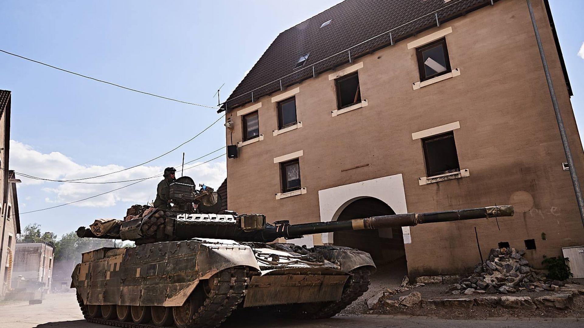 САЩ тества съветски танкове в пустинята на Аризона