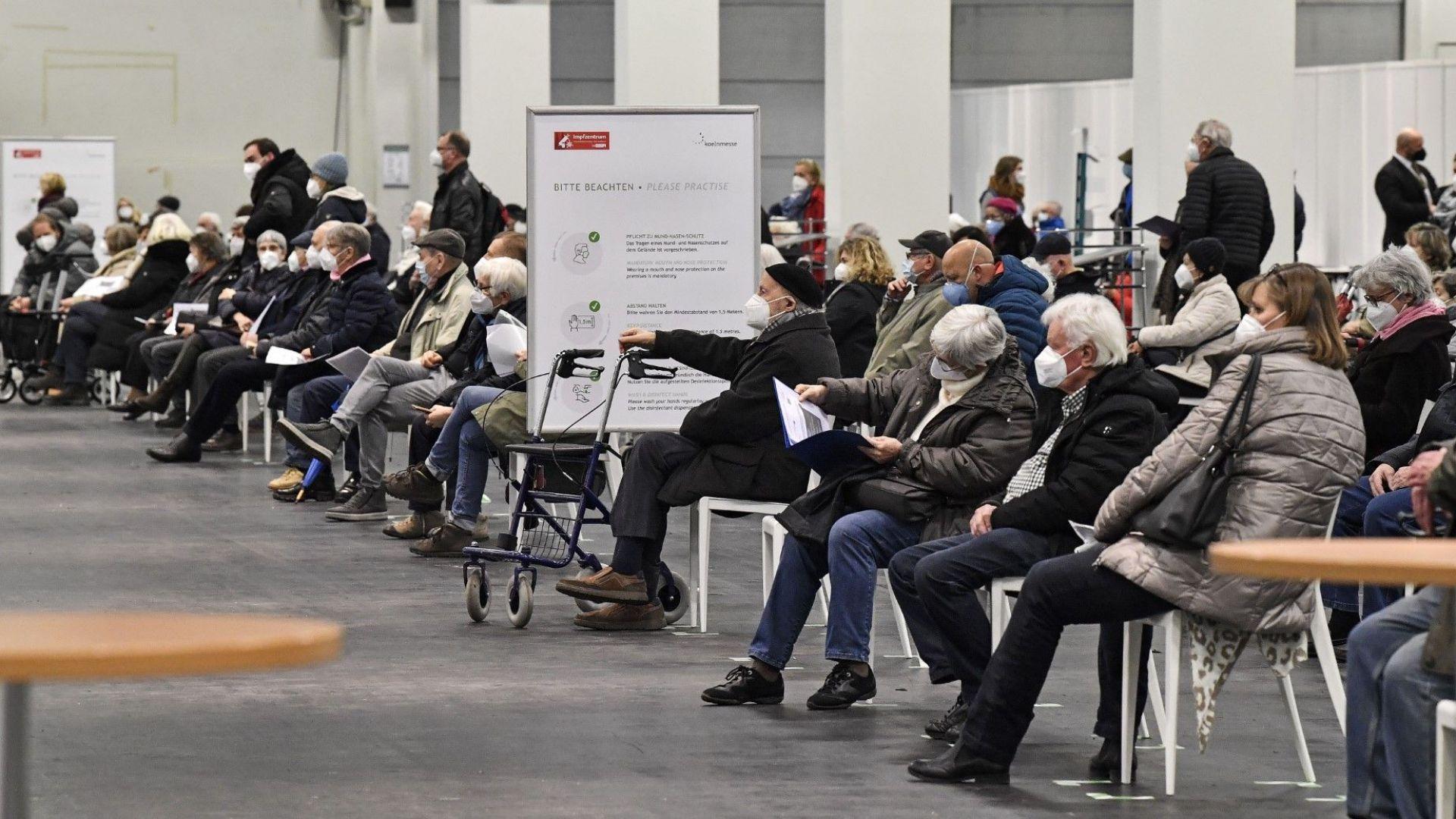 BioNTech-Pfizer купиха завод в Германия, за да вдигнат производство на ковид ваксини