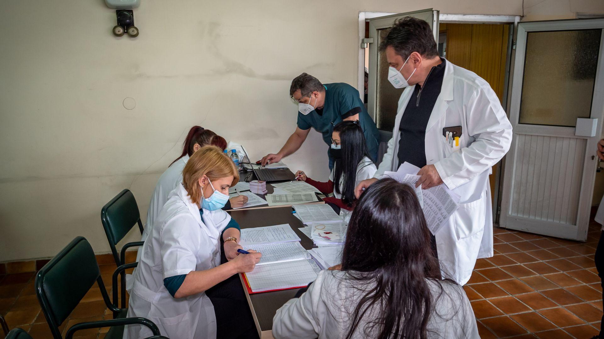 Нови 506 случаи на зараза с коронавируса - положителни са 7.7%