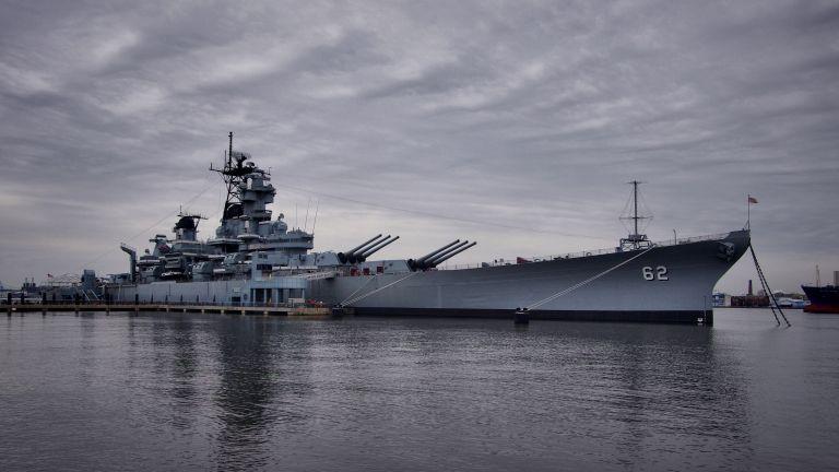 Новите кораби са купени, но без боеприпаси, може да похарчим още 1 милиард, за да се снабдим