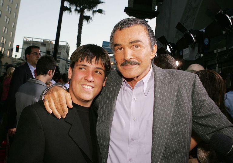 Бърт Рейнолдс със сина си Куинтън