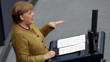 Ангела Меркел изрази солидарността си с Израел
