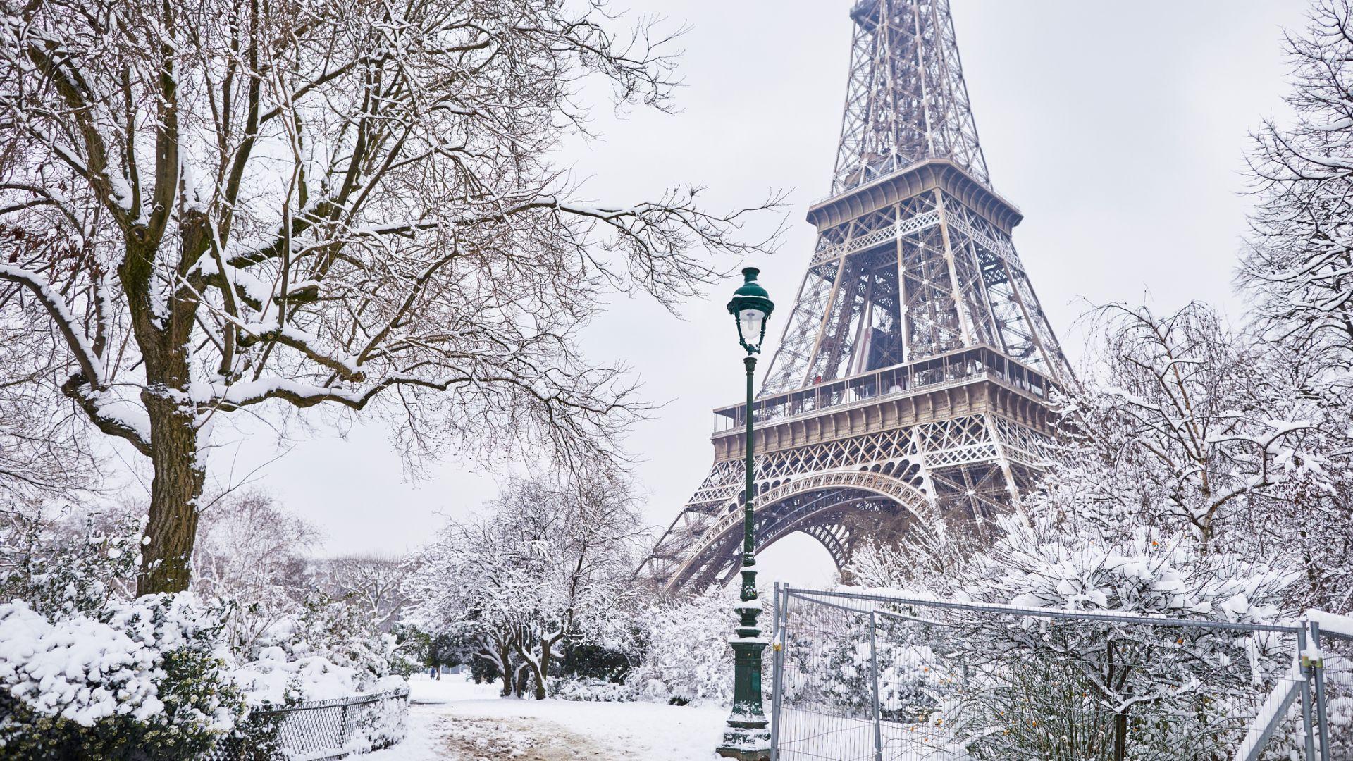 След снеговете, във Франция се настаниха сибирски студове
