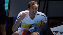 COVID-19 отказа №2 в света Медведев от участие в Монте Карло