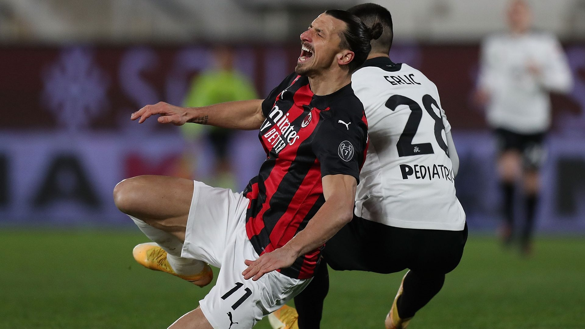 Безпомощният в атака Милан се спъна от неочаквано препятствие
