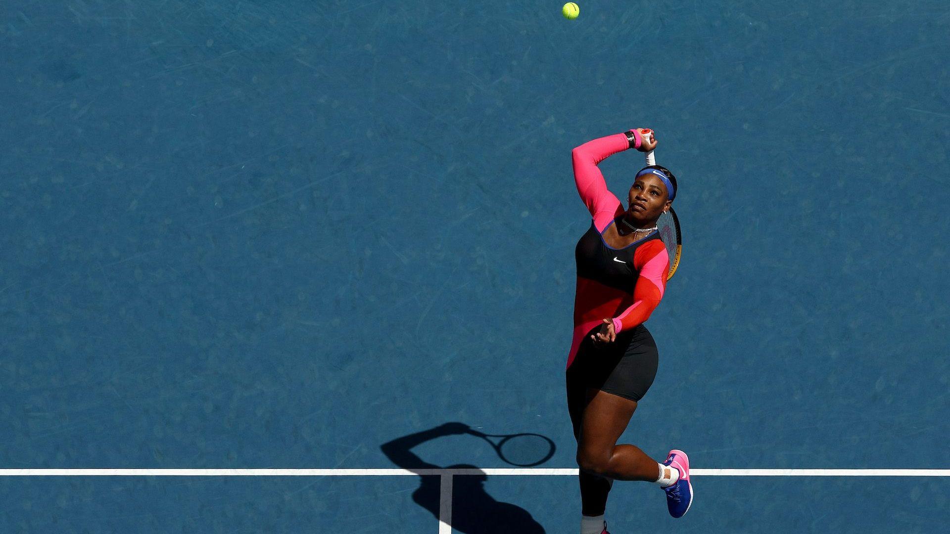 Серина най-сетне даде сет и се потруди доста, за да стигне до четвъртфинал