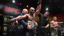 Нигерийския кошмар разплака съперник при поредната защита на титлата си