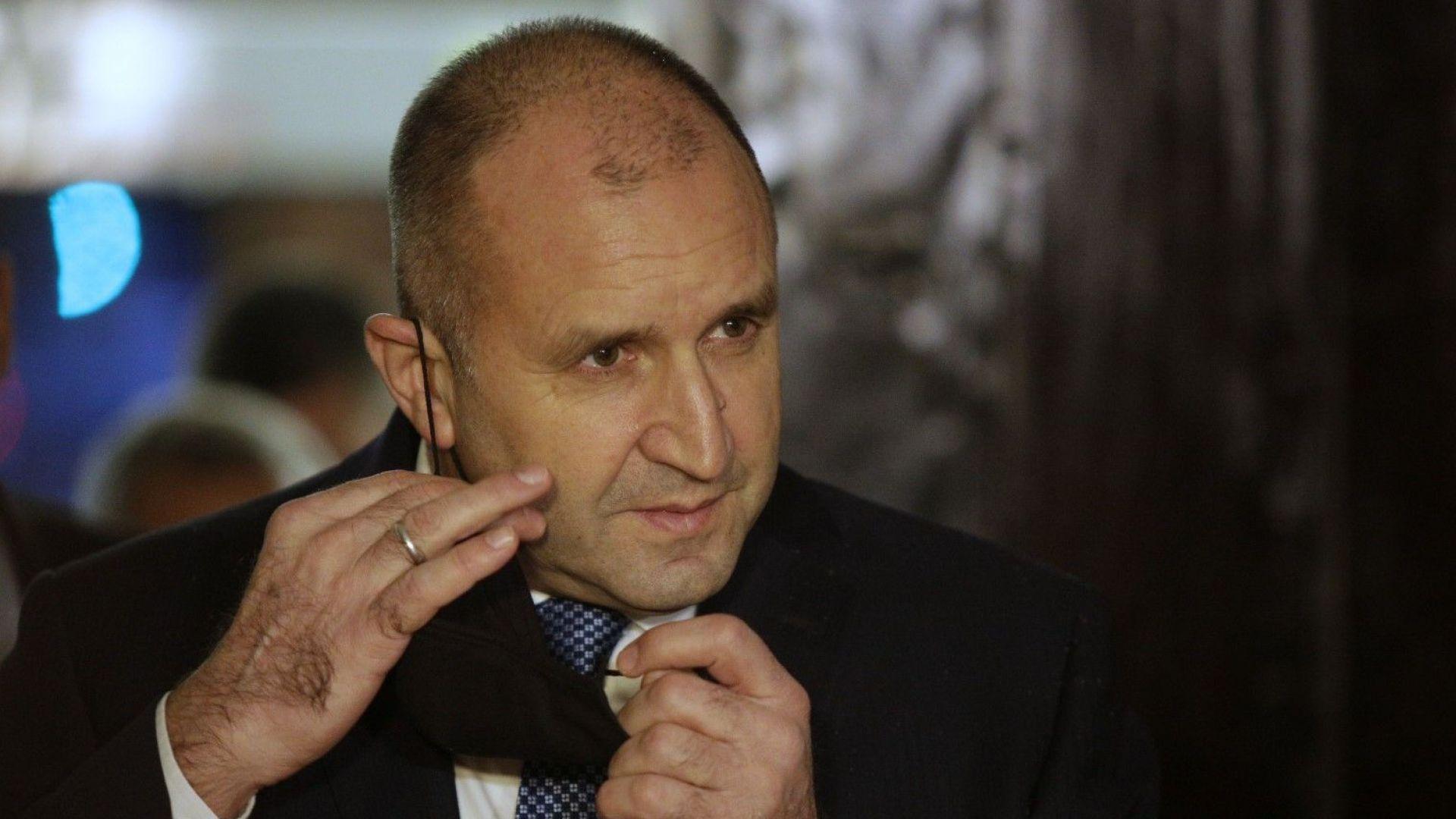 Румен Радев: Промените в Конституцията не трябва да стават залог за нечие политическо оцеляване