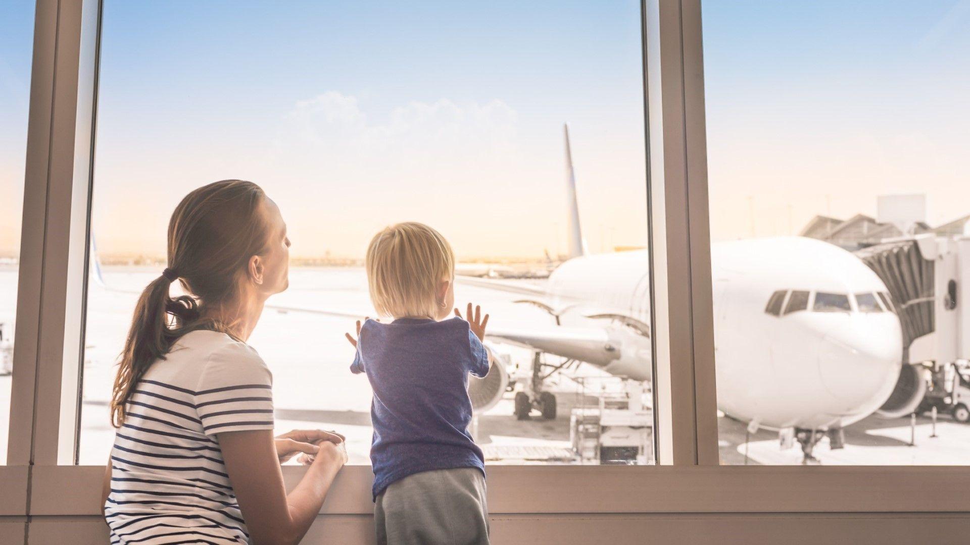 Има ли смисъл да пътувате с деца под 3 години?