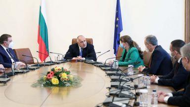 Борисов събира третия си кабинет на последно редовно заседание преди оставката