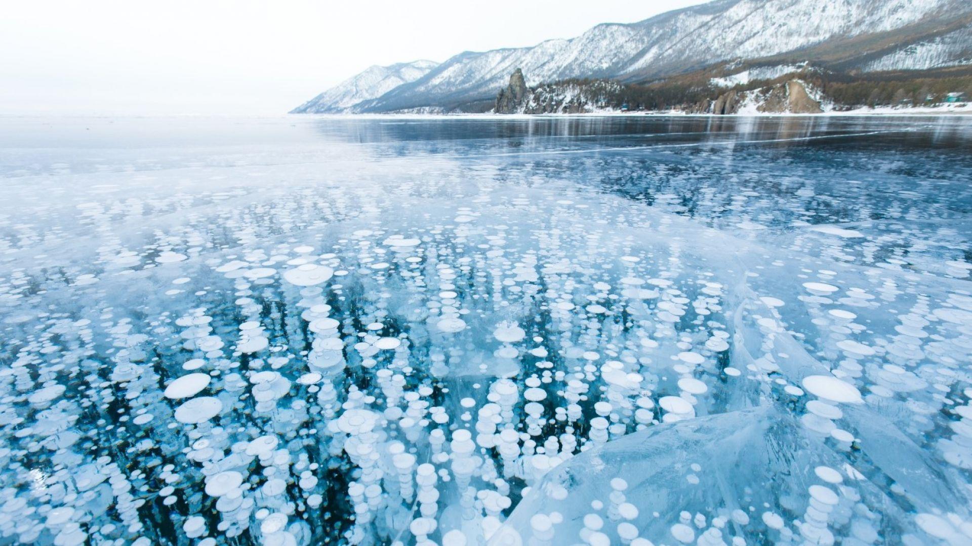 Тук ви е студено? Вижте как изглежда Сибир през зимата!