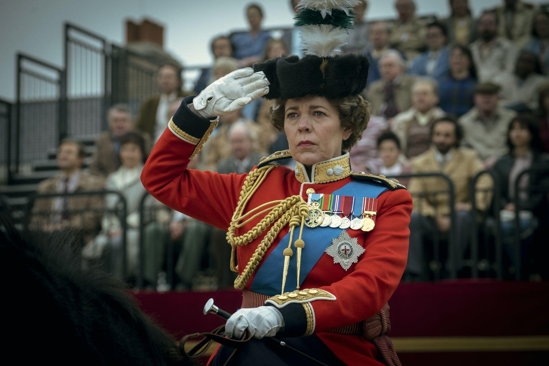 """Оливия Колман като кралица Елизабет II във филма """"Короната"""""""