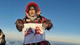 Непалският рекордьор, който стъпи на К2 през зимата : Скатов ми беше като брат