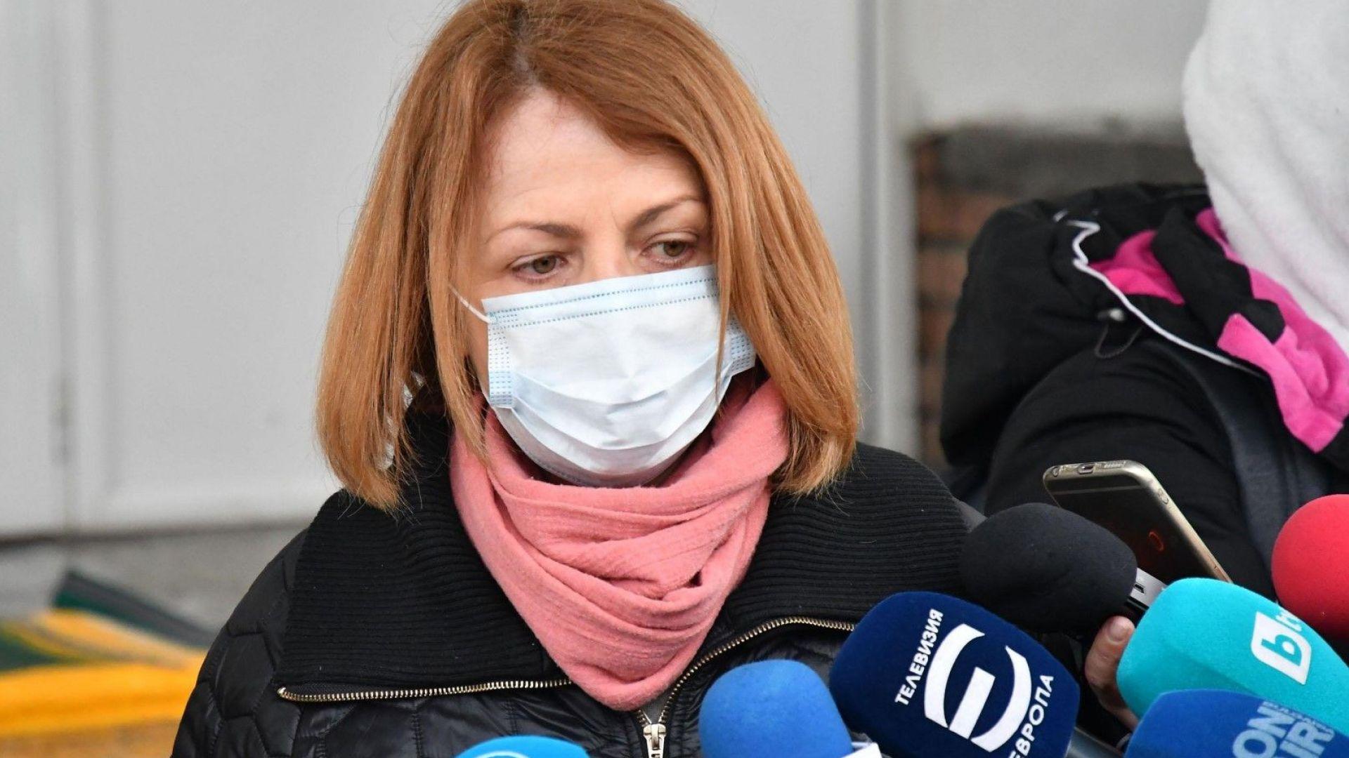 Фандъкова: Ще слагаме датчици на шахтите, собственик на обекта е прекарал кабела