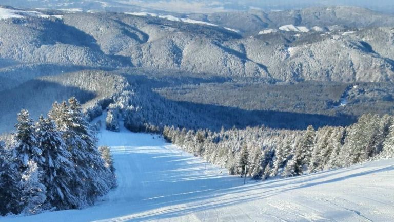 Къде да караме ски на страхотни цени съвсем близо до София?