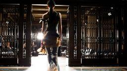 Напълно виртурална и полово неутрална: Започва Седмицата на модата в Лондон