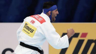 Саеид остана без дом и родина, но показа защо политиката никога няма да е над спорта