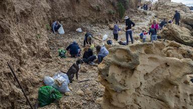 Израел затвори крайбрежието си заради огромен разлив на петрол