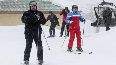 Лукашенко и Путин обсъдиха двустранни въпроси и покараха ски в Сочи (снимки)