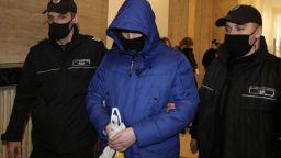 Разнопосочни показания в съда помагал ли е Кристиан на Милен Цветков след удара