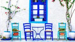 Защо гърците са толкова гостоприемни?