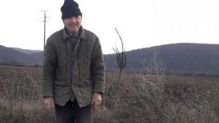 81-годишният Георги Иванов от поморийското село Бата и днес запълва