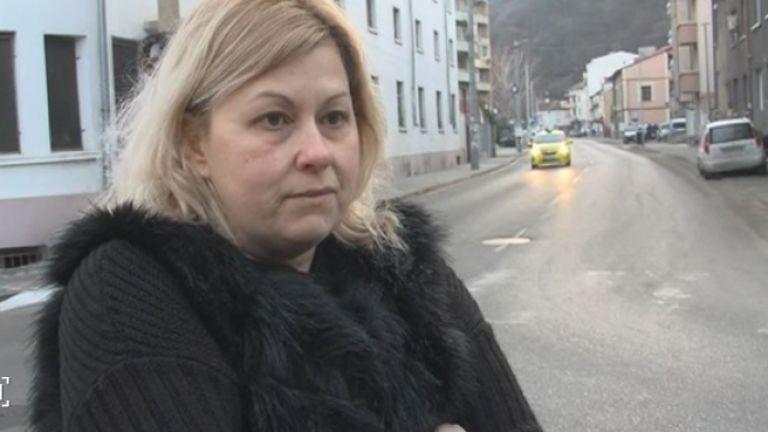 Бездомно куче нахапа млада жена в Дупница. Спаска Китова била