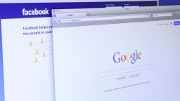 """""""Гугъл"""" и """"Фейсбук"""" въведоха задължителна ваксинация за служителите в офисите си"""