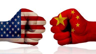 На фона на митническата война: търговията между Китай и САЩ процъфтява