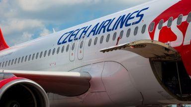 Една от най-старите авиокомпании - чешката, уволнява всичките си 430 служители