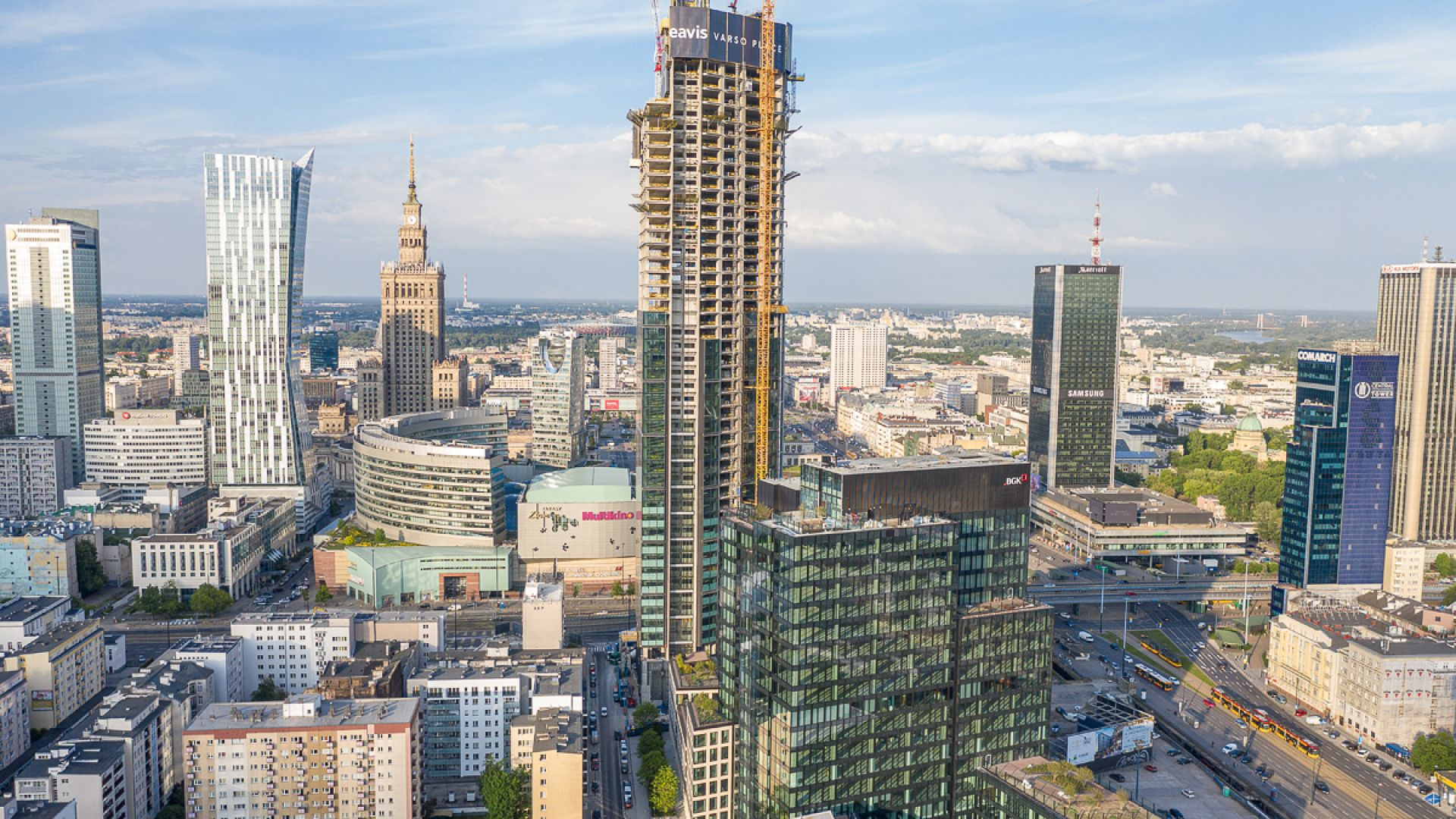 Кулата Варсо в центъра на Варшава ще е най-високият небостъргач в ЕС