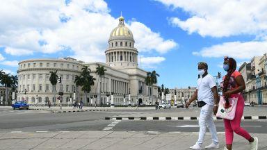Кубинците се връщат към селското стопанство заради липса на туристи