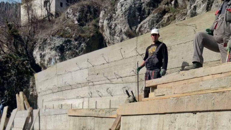 Срутището в село Дряново е укрепено, хората могат да се