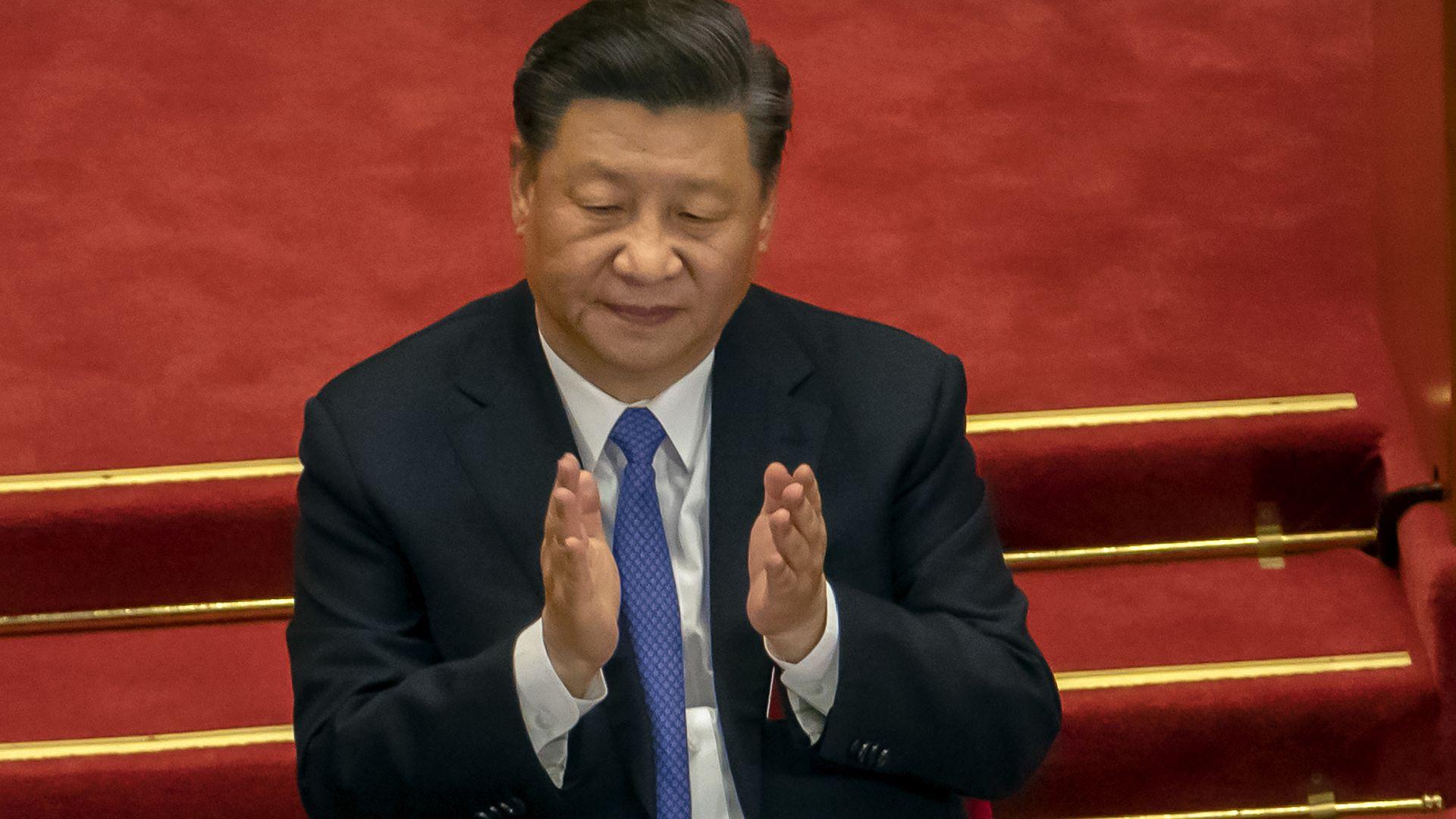 Си Цзинпин: Китай сътвори чудо - най-тържествено обявява пълна победа над бедността