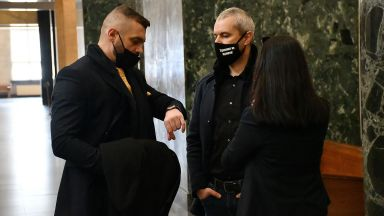 """Съдът отхвърли искането на прокуратурата за разпускане на партия """"Възраждане"""""""